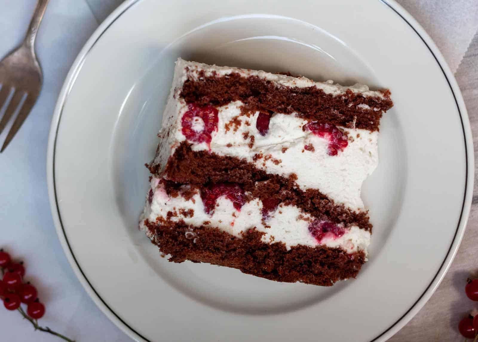 Snow White Cake. A Fairy Tale Cake - recipe