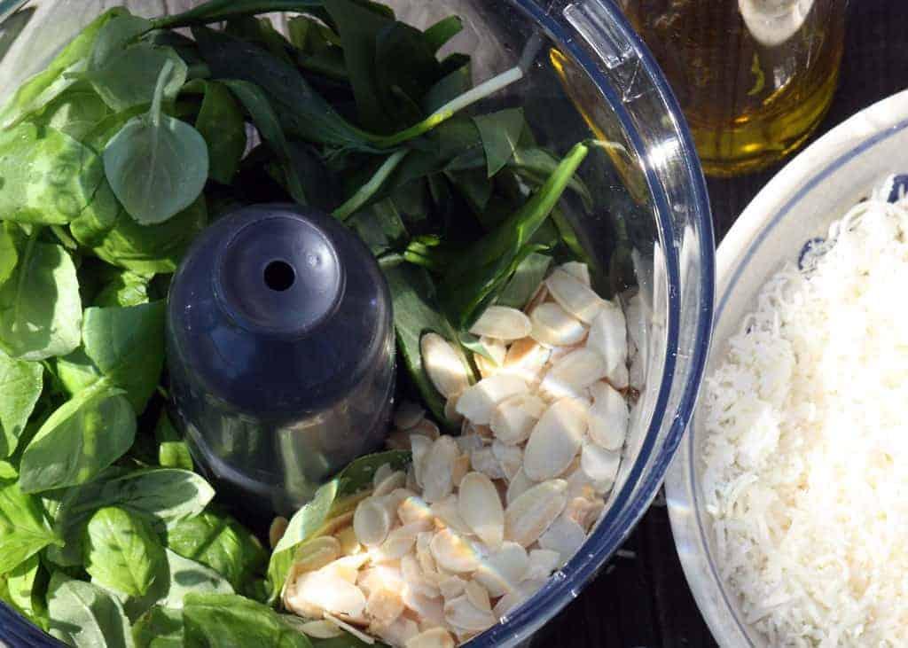 Das Pesto: eine Sauce mit köstlichem Geschmack und einer strahlenden Farbe