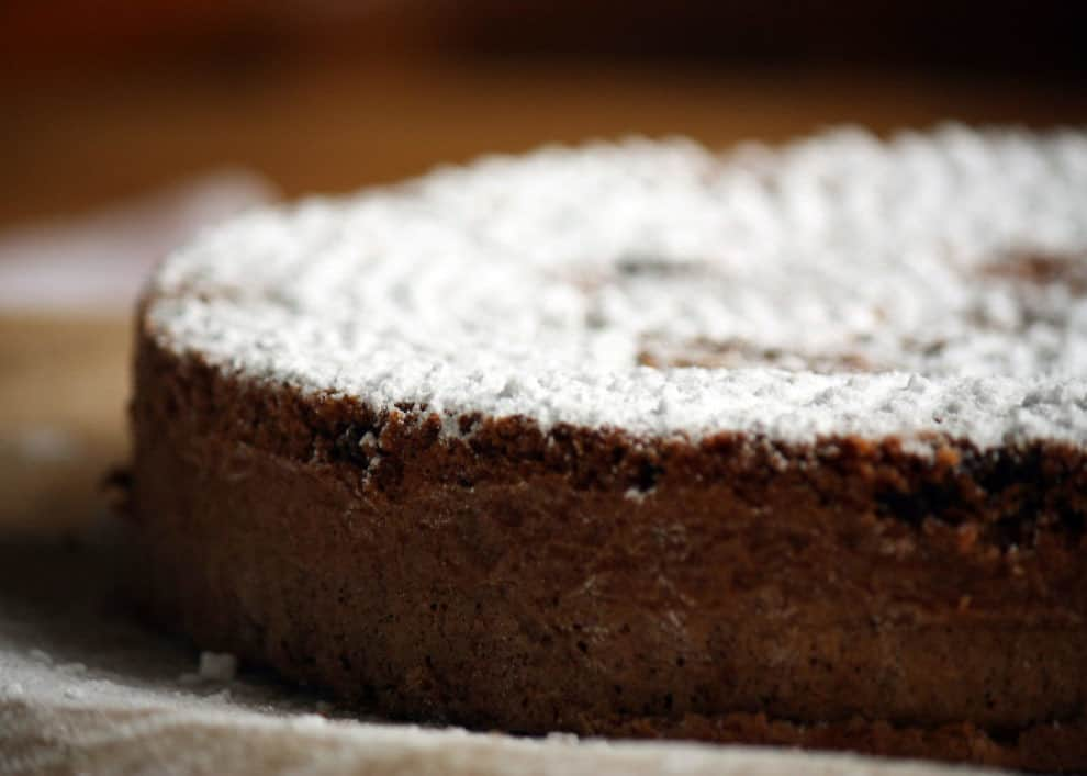 Torta caprese: errore morbido e soffice, perfetto per i celiaci