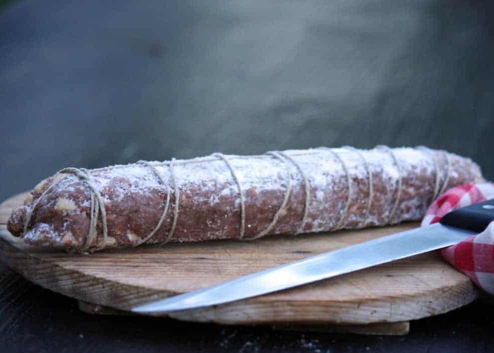 Salame al cioccolato: ein schnelles und einfaches Dessert, das ohne Backen gelingt