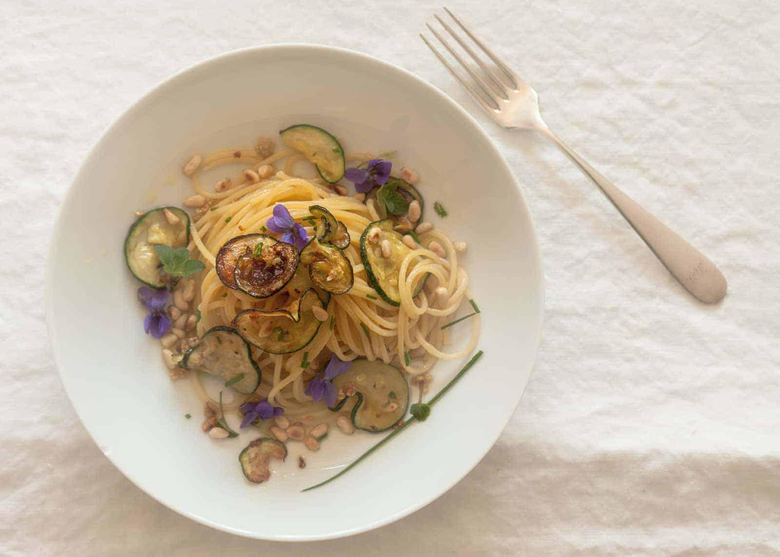 Spaghetti Zucchine e Pinoli