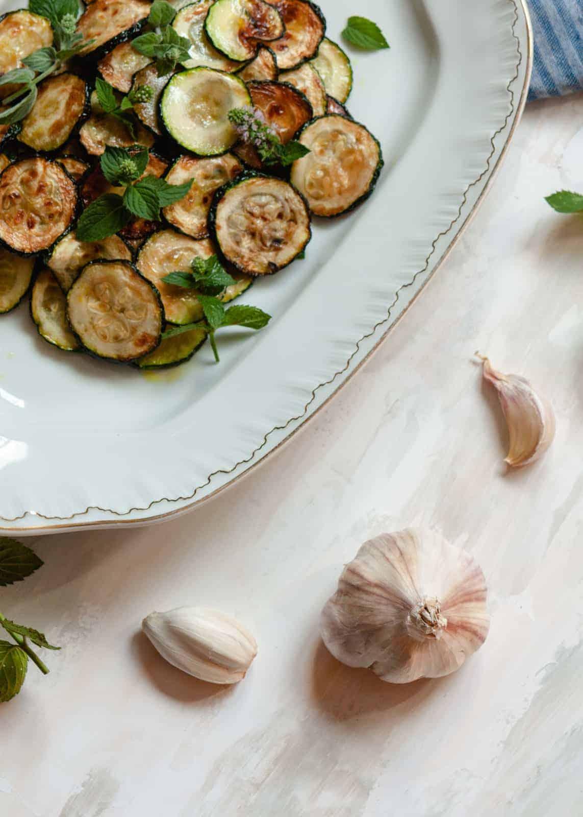 marinierte zucchini nach neapolitanischer art - zucchine alla scapece
