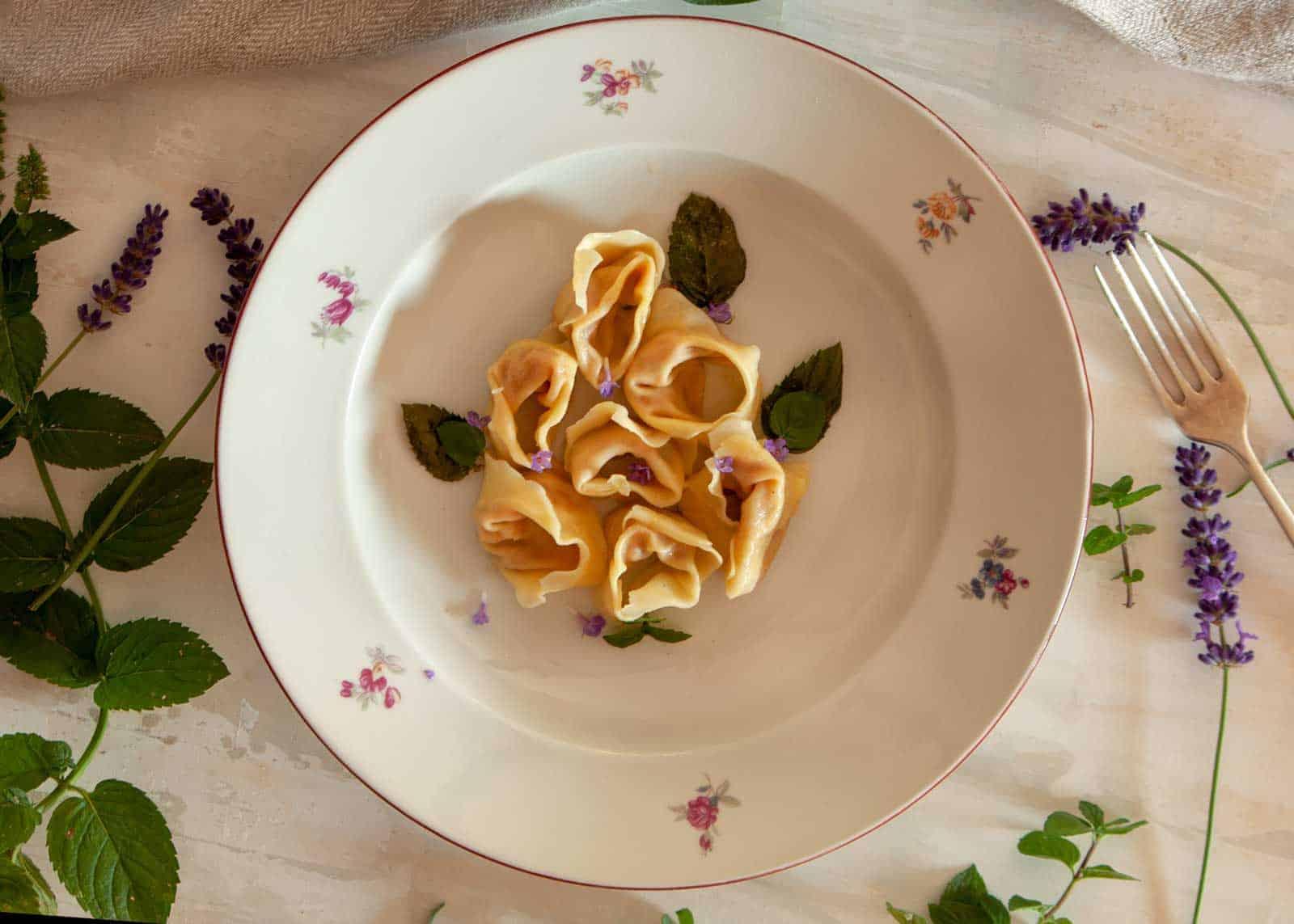 pasta fresca ripiena - ravioli zucca e nocciole