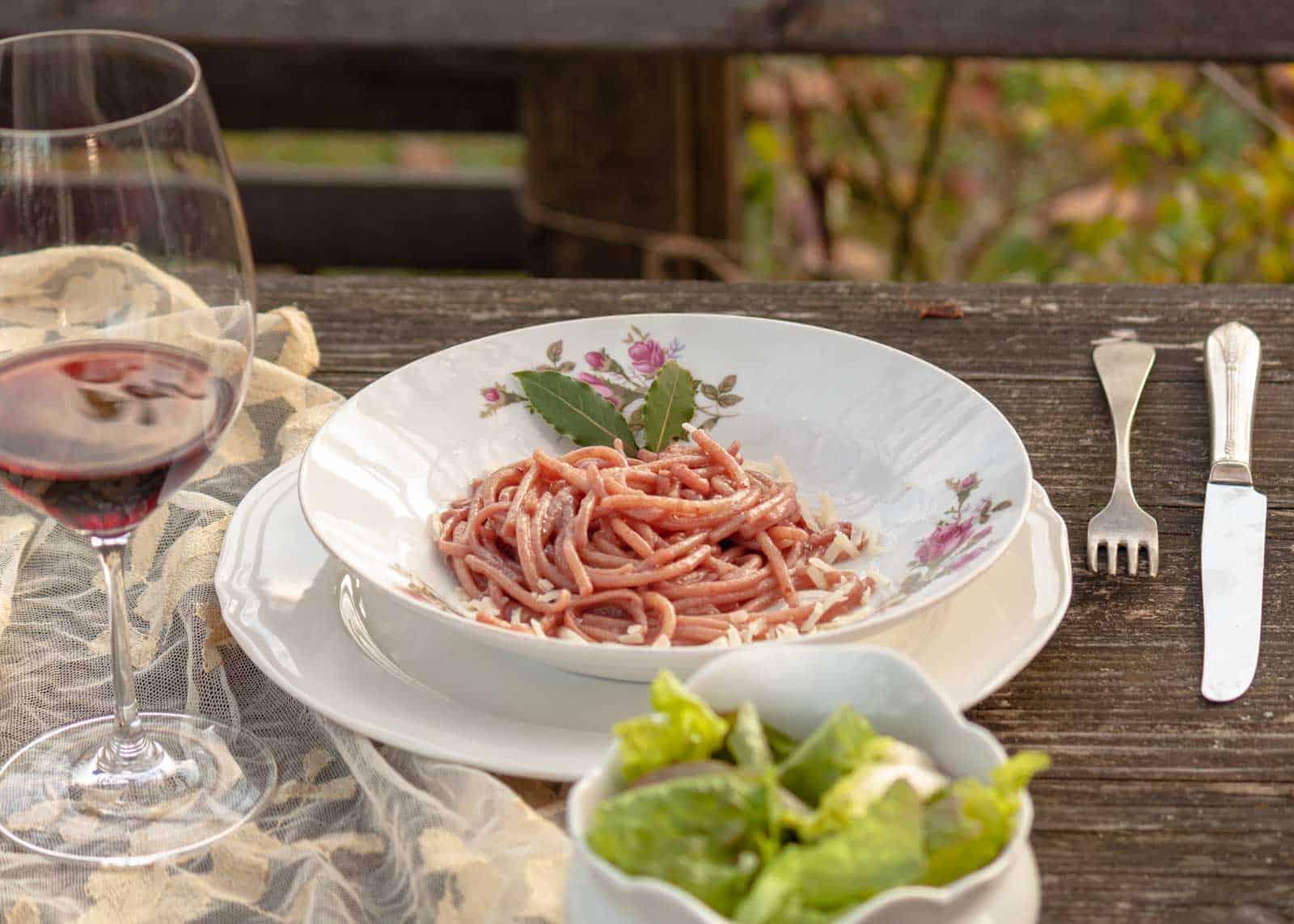 Spaghetti mit Weinsauce