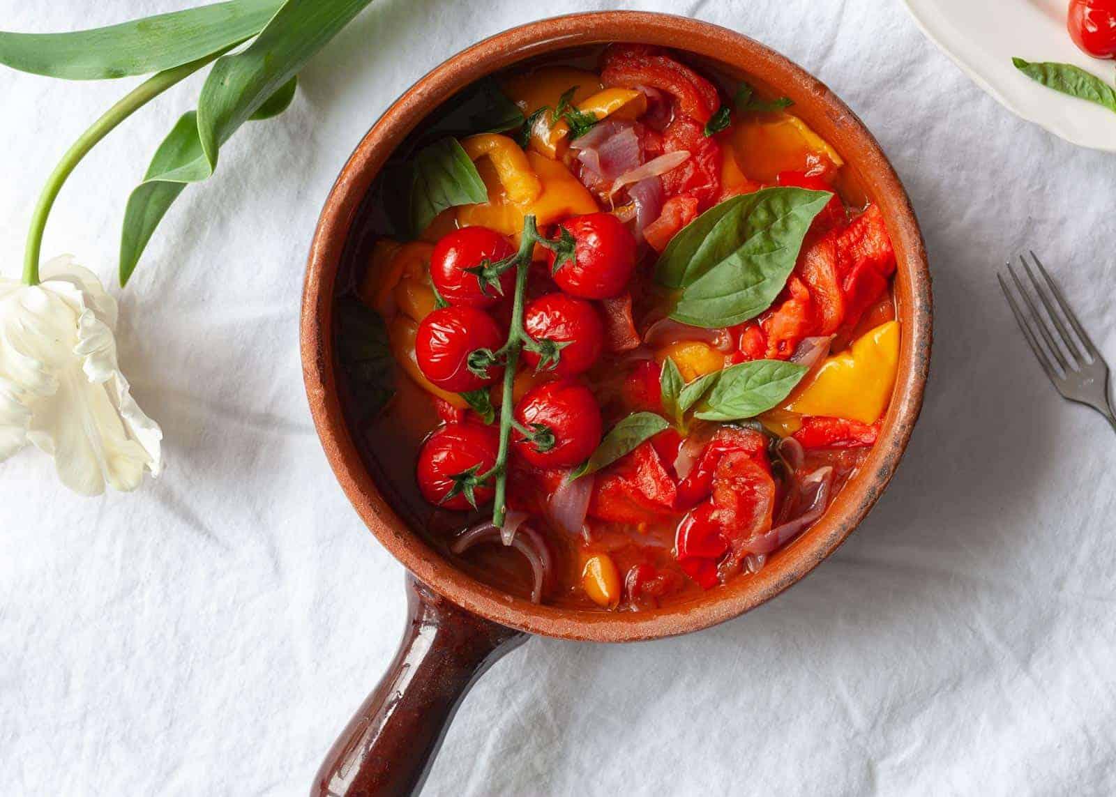 peperonata - sweet pepper