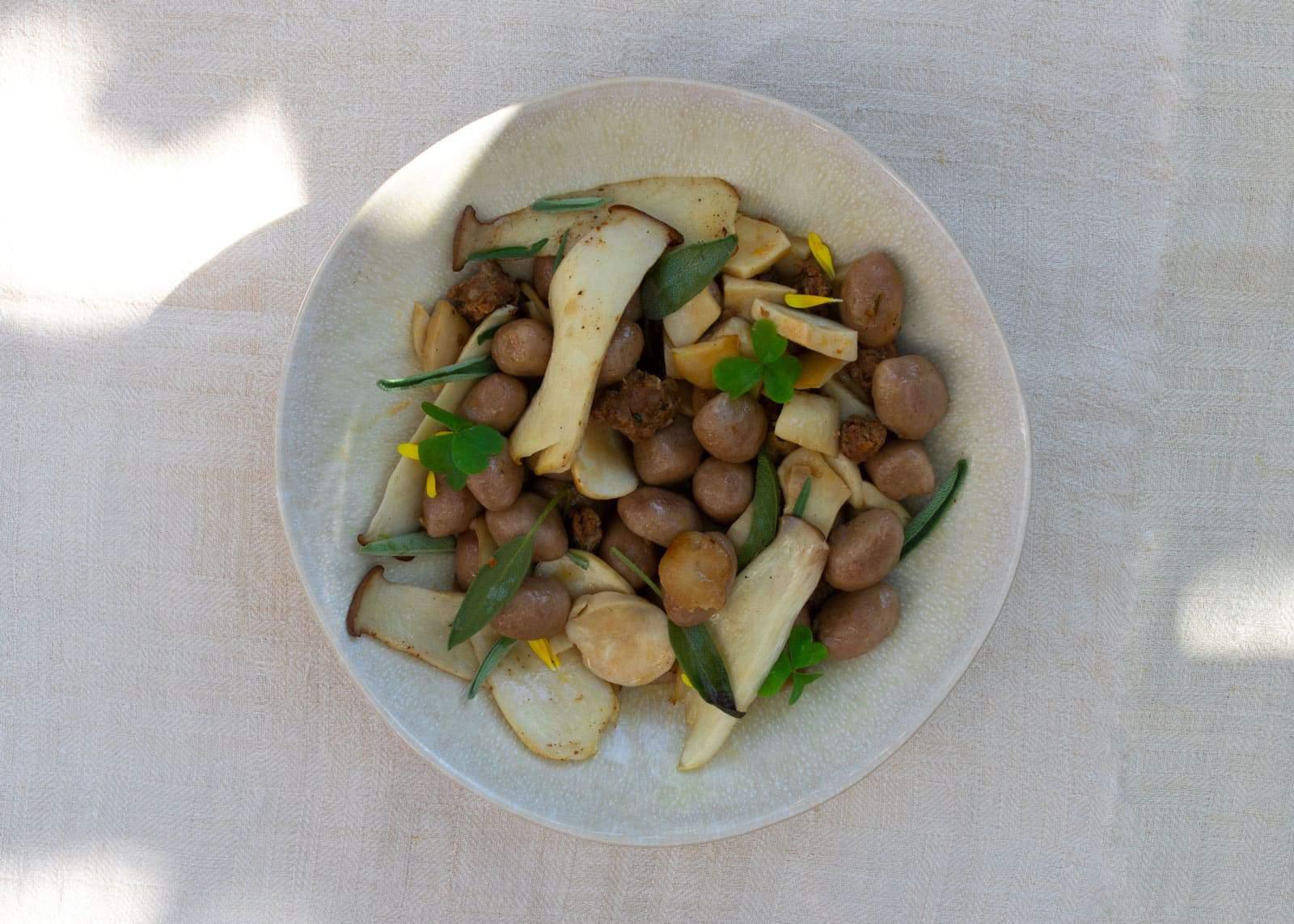 Kartoffel-Maroni-Gnocchi mit Pilzen und Luganega -Rezept